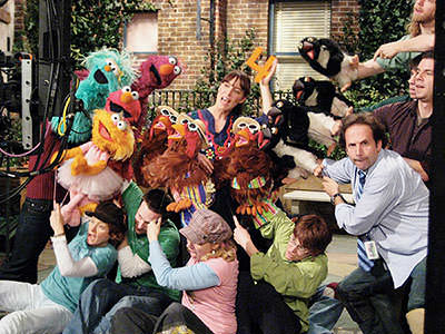 The whole crew of puppets, Feist and the number 4